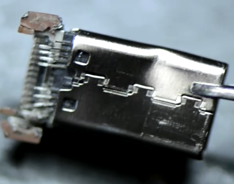 SDCZ450-128G-A46 Broken Connector